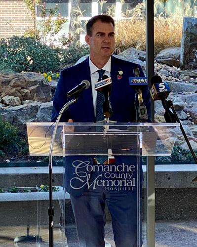 Oklahoma Governor Kevin Stitt giving address in CCMH atrium